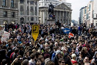 2009 G20 London summit protests - Image: G20 crowd