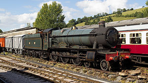 GWR 4900 Class - Image: GWR 4920 Dumbleton Hall at Buckfastleigh