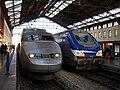 Gare de Marseille-Saint-Charles - TGV Sud-Est et Corail reversible - 02.jpg