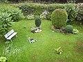 Garten in der Nachbarschaft - panoramio.jpg