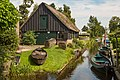 Giethoorn Netherlands Channels-and-houses-of-Giethoorn-01a.jpg