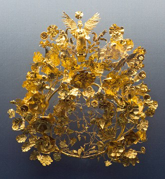 Gold - Ancient golden Kritonios Crown, funerary or marriage material, 370–360 BC. From a grave in Armento, Campania