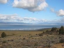 Goose Lake, un lago en Oregon y California