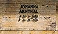 Grabstätte Lindenstr 1 (Zehld) Johanna Arnthal.jpg
