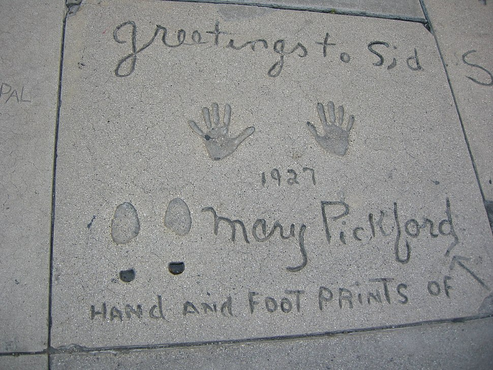 Grauman's Chinese Theatre, mary pickford