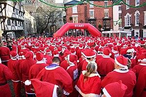 English: Great Lincoln Santa Fun Run Over 500 ...
