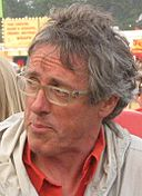Griff Rhys Jones IOW cropped.jpg
