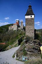 GuentherZ_2014-04-12_(28)_Hardegg_Burg_Uhrturm_Johannesfelsen_HL-006.JPG