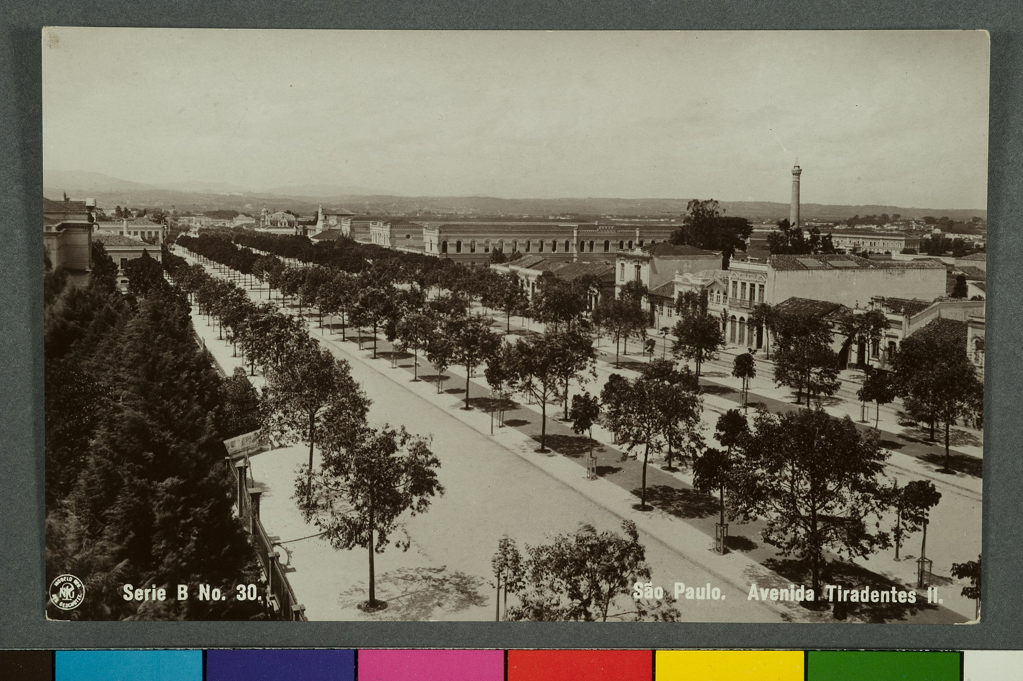 São Paulo. Avenida Tiradentes II