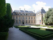 Hôtel de Sully Paris France.JPG