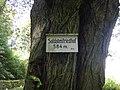 Hinweisschild Sodatenfriedhof.JPG