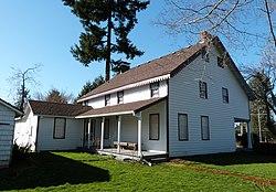 Holmes House rear - Oregon City Oregon.jpg