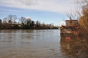 Houseboat in Rueil-Malmaison 005.JPG