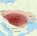 Ungefähre Ausdehnung des Hunnenreichs unter Attila bzw. die von den Hunnen abhängigen Stämme.