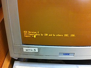 IBM AIX - AIX Version 4 console login prompt