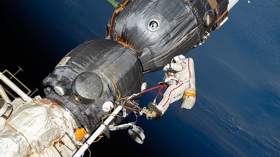 ISS-57 EVA (b) Oleg Kononenko