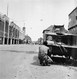 Battle of Surabaya - Image: IWM SE 5865 tank Surabaya 19451127