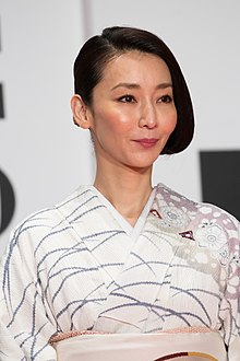 "Inamori Izumi from ""Stray Nightingale"" at Opening Ceremony of the Tokyo International Film Festival 2016 (33260115560).jpg"