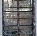 Interieur, glas in loodraam in zuidmuur, detail van het raam - Breukelen - 20372477 - RCE.jpg