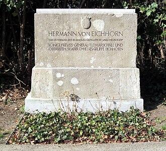 Hermann von Eichhorn - Image: Invalidenfriedhof, Grabmal von Eichhorn, Hermann
