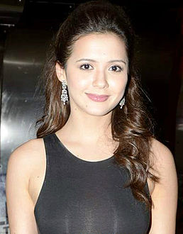Isha Sharwani at the premiere of 'David', 2013