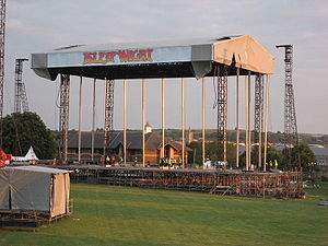 Isle of Wight Festival 2007 - Image: Isle of Wight Festival stage under construction