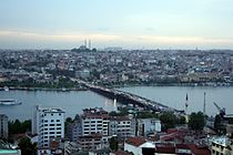 Isstamboul - Pont Unkapani.jpg