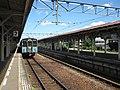 JRShikoku-Dosan-line-D15-Kotohira-station-platform-20100804.jpg