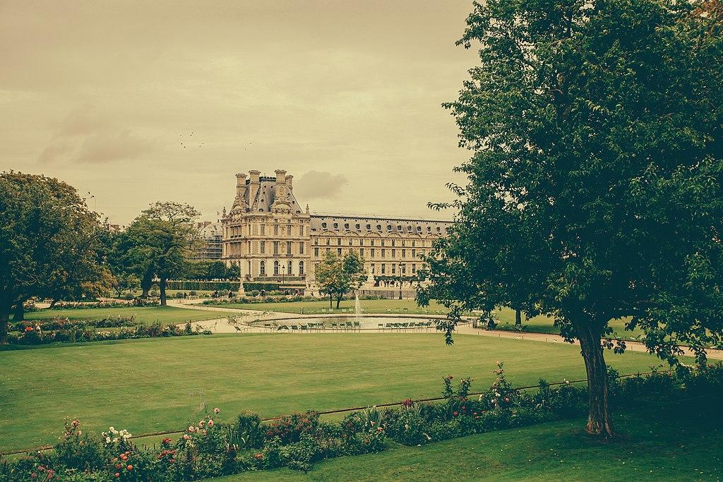 File jardin des tuileries 6 paris september for Jardin 6