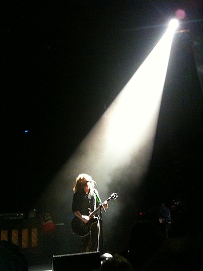 Picture of a band or musician: Jim James