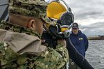 Joint UCT Diver Training 150116-N-YD328-121.jpg