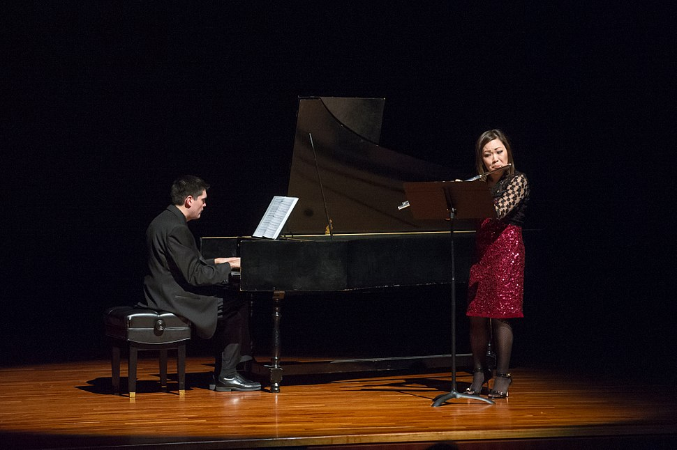 Julee Walker flute recital (15892393673)