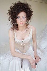 Juliet Landau 7.jpg
