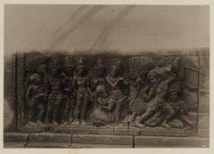 KITLV 40022 - Kassian Céphas - Reliefs on the terrace of the Shiva temple of Prambanan near Yogyakarta - 1889-1890.tif