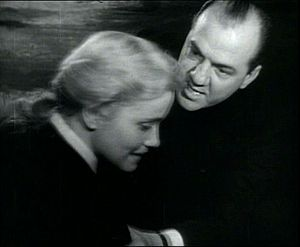 Eva Marie Saint and Karl Malden in a screensho...