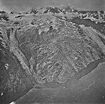 Kashoto Glacier, miountain glacier and hanging glaciers, September 5, 1972 (GLACIERS 5538).jpg