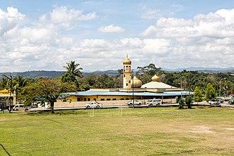 Keningau District - Image: Keningau Sabah Ar Rahim Mosque 01