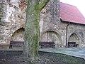 Kloster Segenstal Kreuzgangsreste.JPG
