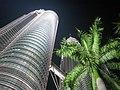 Kuala-Lumpur, Petronas Twin towers - panoramio.jpg