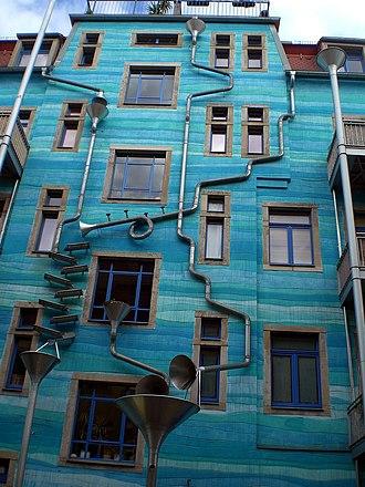 Äußere Neustadt - Creative architecture in the Kunsthofpassage