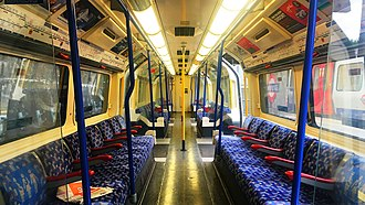London Underground 1973 Stock - Image: LU1973 Refurbished Interior