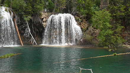 Hanging Lake near Glenwood Springs Lake CO.JPG