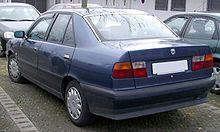 https://upload.wikimedia.org/wikipedia/commons/thumb/f/f0/Lancia_Dedra_rear_20080225.jpg/220px-Lancia_Dedra_rear_20080225.jpg