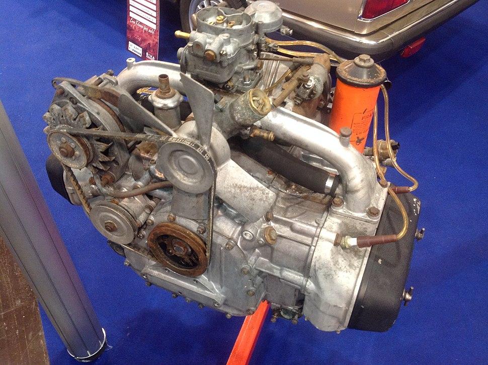 Lancia Flavia Flat four (Boxer) engine (26097832230)