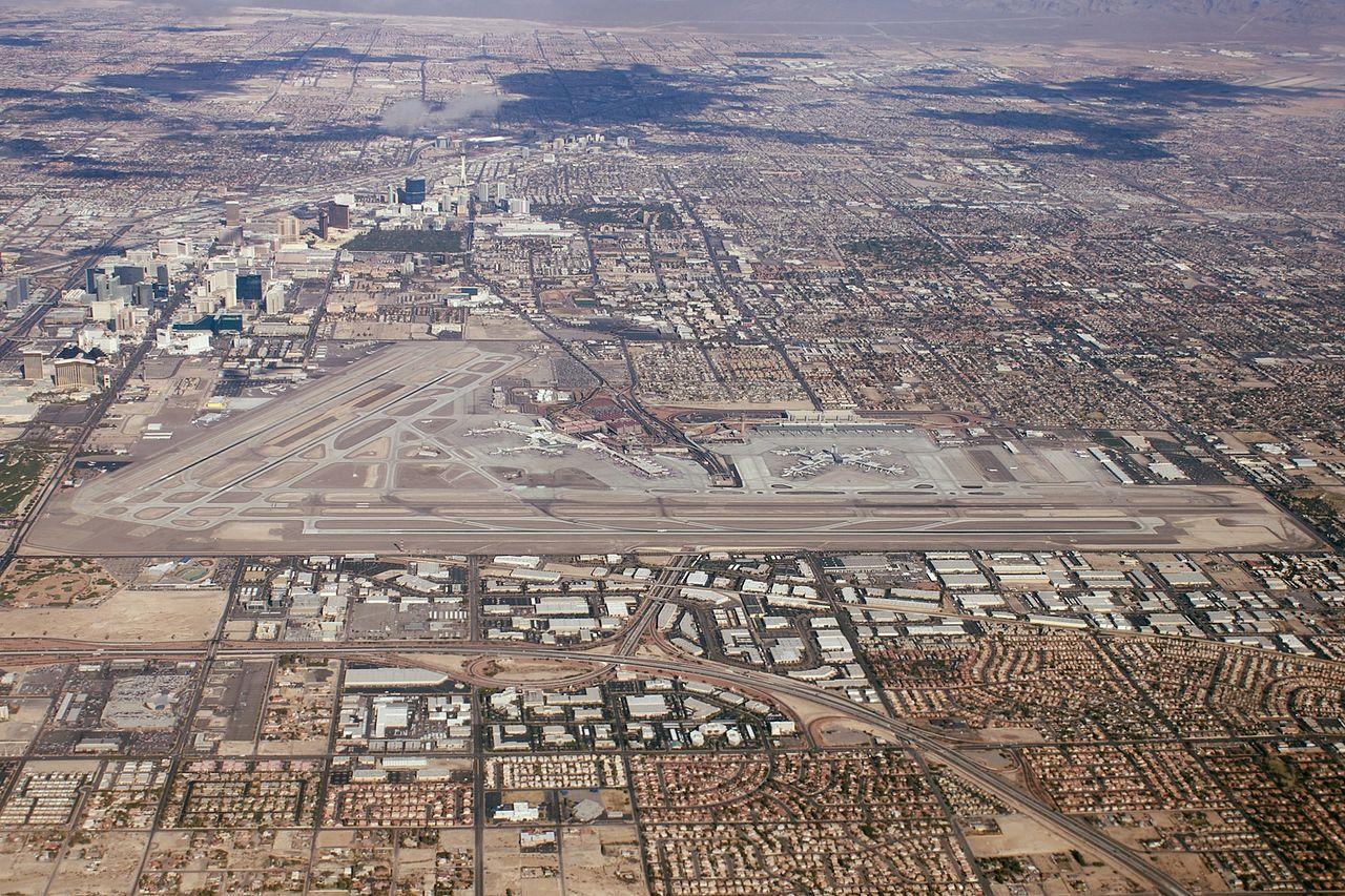 File Las Vegas Mccarran Jpg Wikimedia Commons