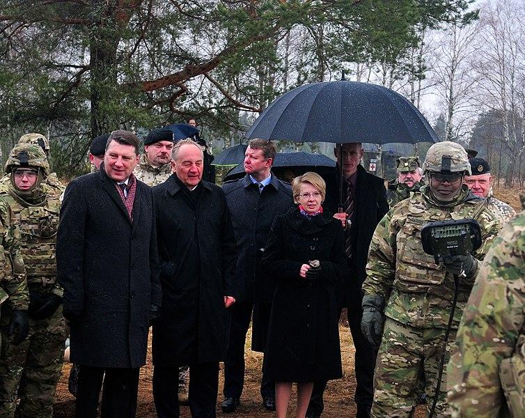 File:Latvian president observes Operation Summer Shield XII 150330-A-IM174-465.jpg
