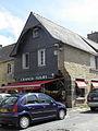 Le Faou (29) Place des Fusillés et Résistants N°2.JPG
