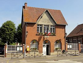 The town hall in Le Plessier-sur-Saint-Just