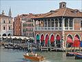 Le marché aux poissons de Venise (6200431011).jpg