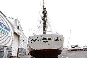 Le sloop ostréicole Petit Normandie (20).JPG